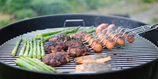Barbecue vertical vs Barbecue horizontal, le guide complet
