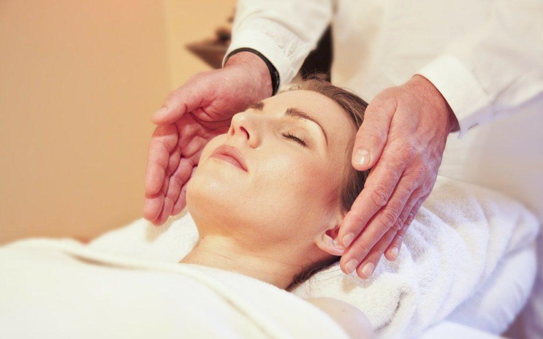 Reiki : Quelles différences entre Reiki et Massage ?