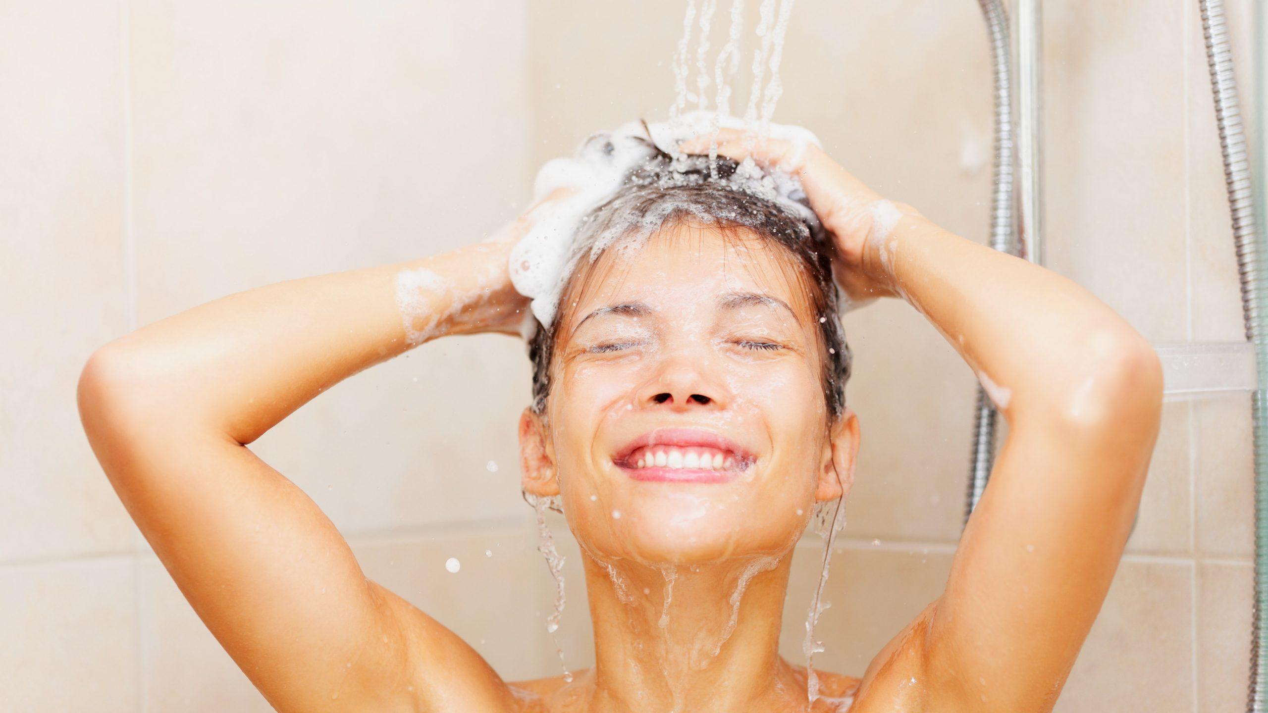 lavage cheveux